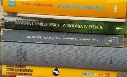 16 wersów z 16 ksiąg